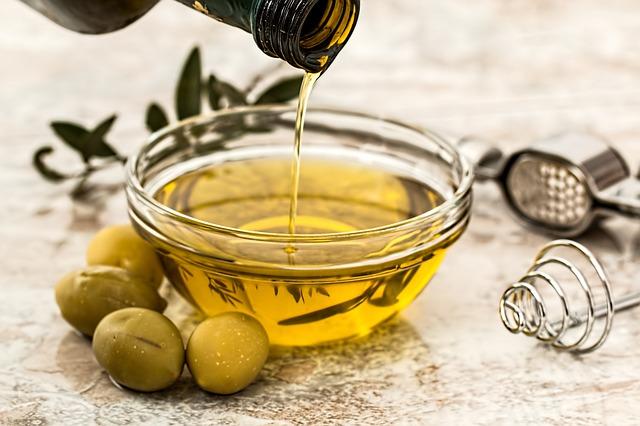 Nahraďte nezdravé rafionavné oleje zdravými vysokokvalitnými bio olejmi