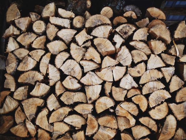 Ako treba sušiť drevo na jednotlivé účely?
