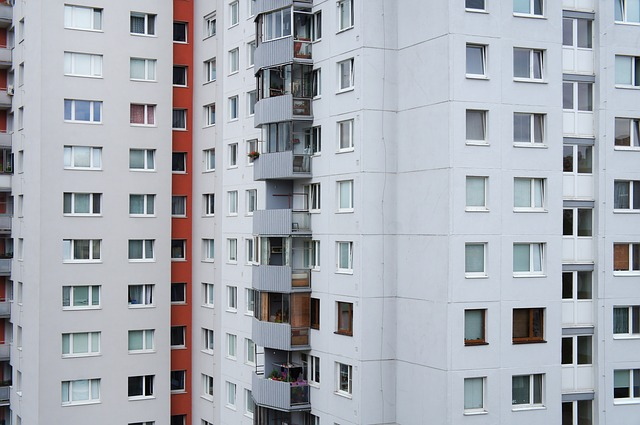 Ak nefunguje pri správe bytového domu všetko ako má, môžete to riešiť odvolaním správcu