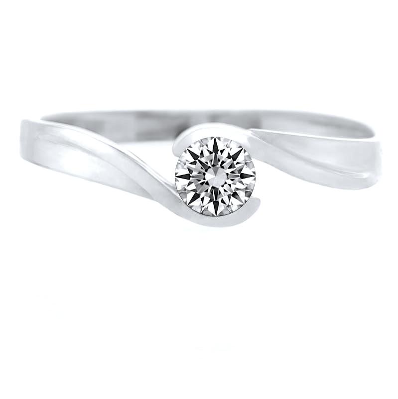 Prečo nekupovať diamantový zásnubný prsteň